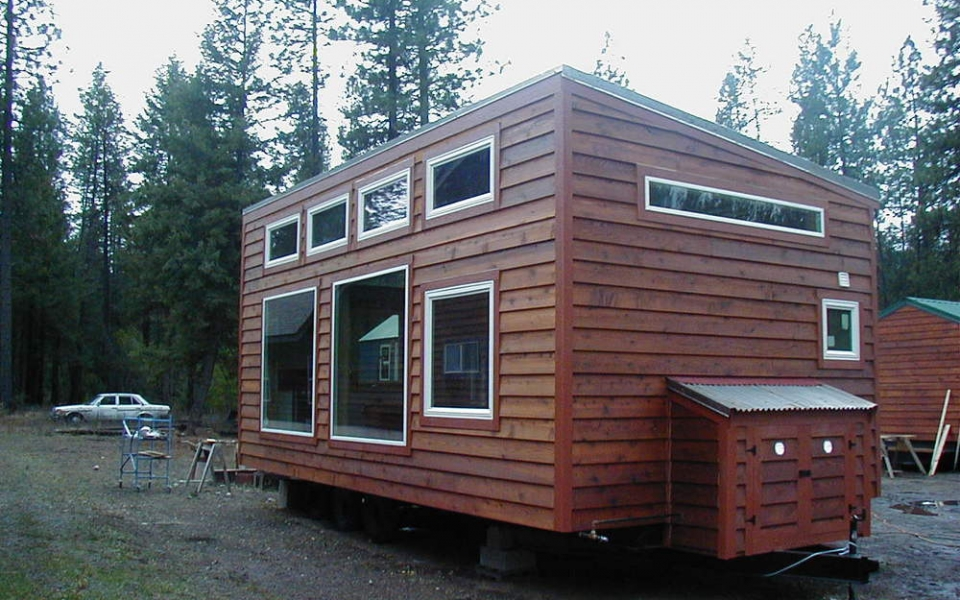 The Urban Cabin 14 X 28 Tiny Portable Cedar Cabins