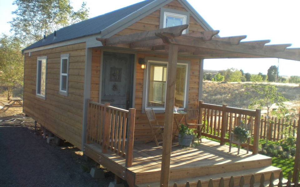 that than s places cabins space cozy on alpine for rentals oregon chalets coast vacation less guests to a rent awesome rock the otter consider at looking four up rental in suite sunset washington with