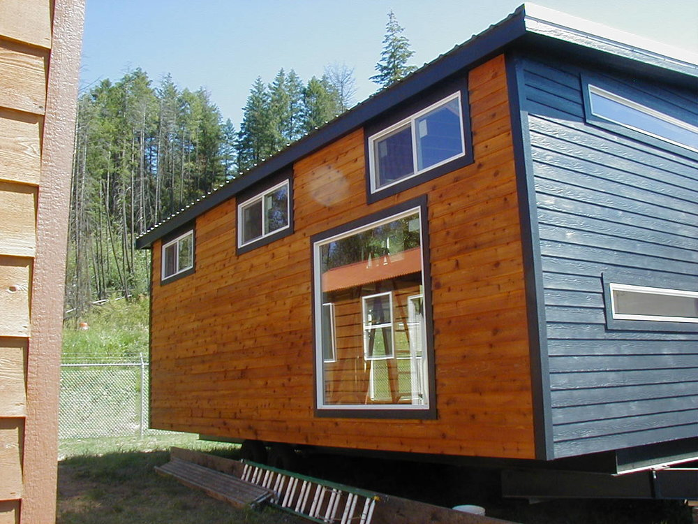 The Urban Cabin With Cedar And Metal Siding