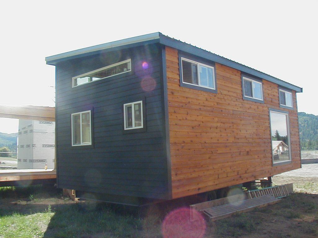 12 X 33 Urban Cabin