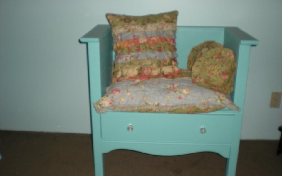 Turn A Dresser Into A Bench Tiny Portable Cedar Cabins