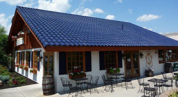 solar-roof-tiles-tesla-e1477850998389