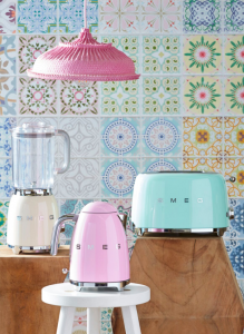 Blender_panna_kettle_pastel_pink_toaster_pastel_green retro tiny home appliances