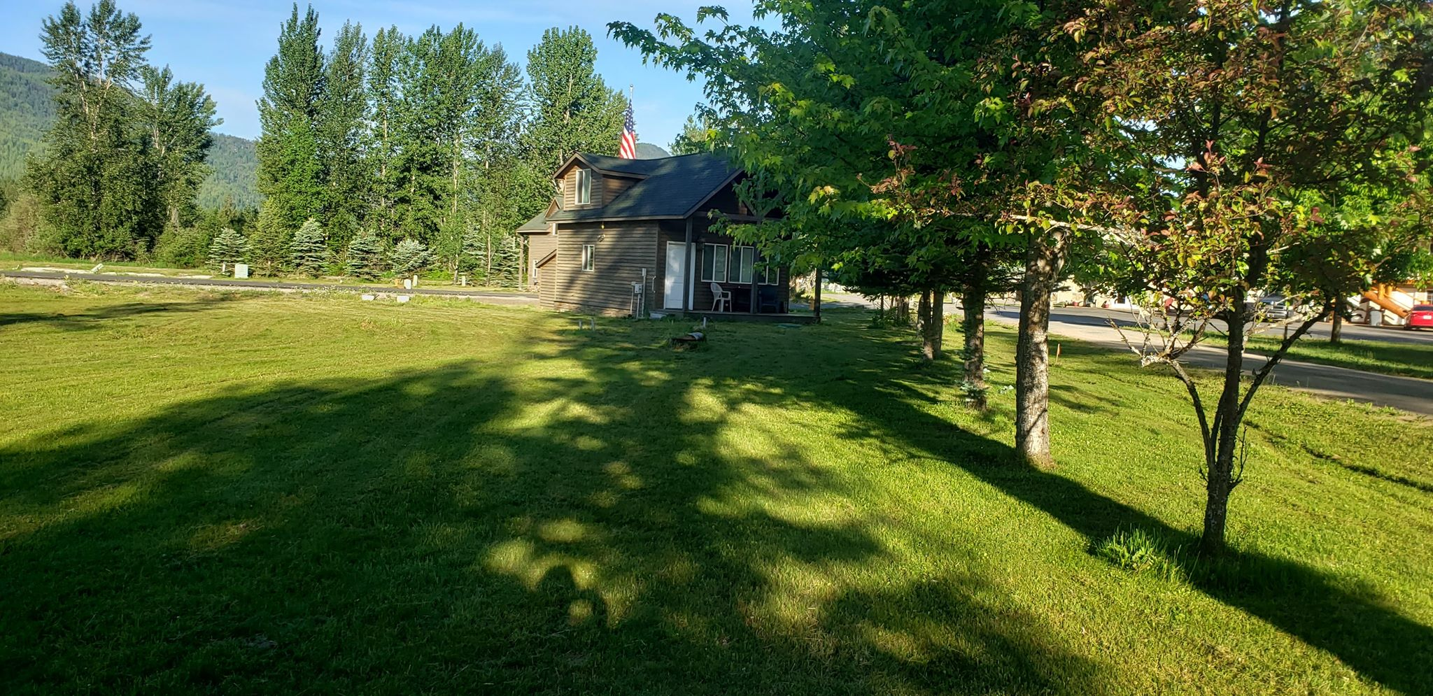 Cabin 1 lawn 2
